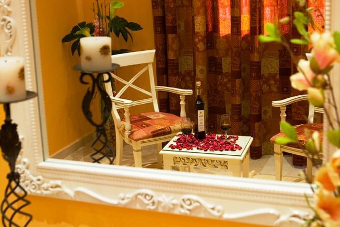 Ven a celebrar tu boda en nuestros salones y podrás disfrutar de nuestro vino Generoso Bodegas Andrade