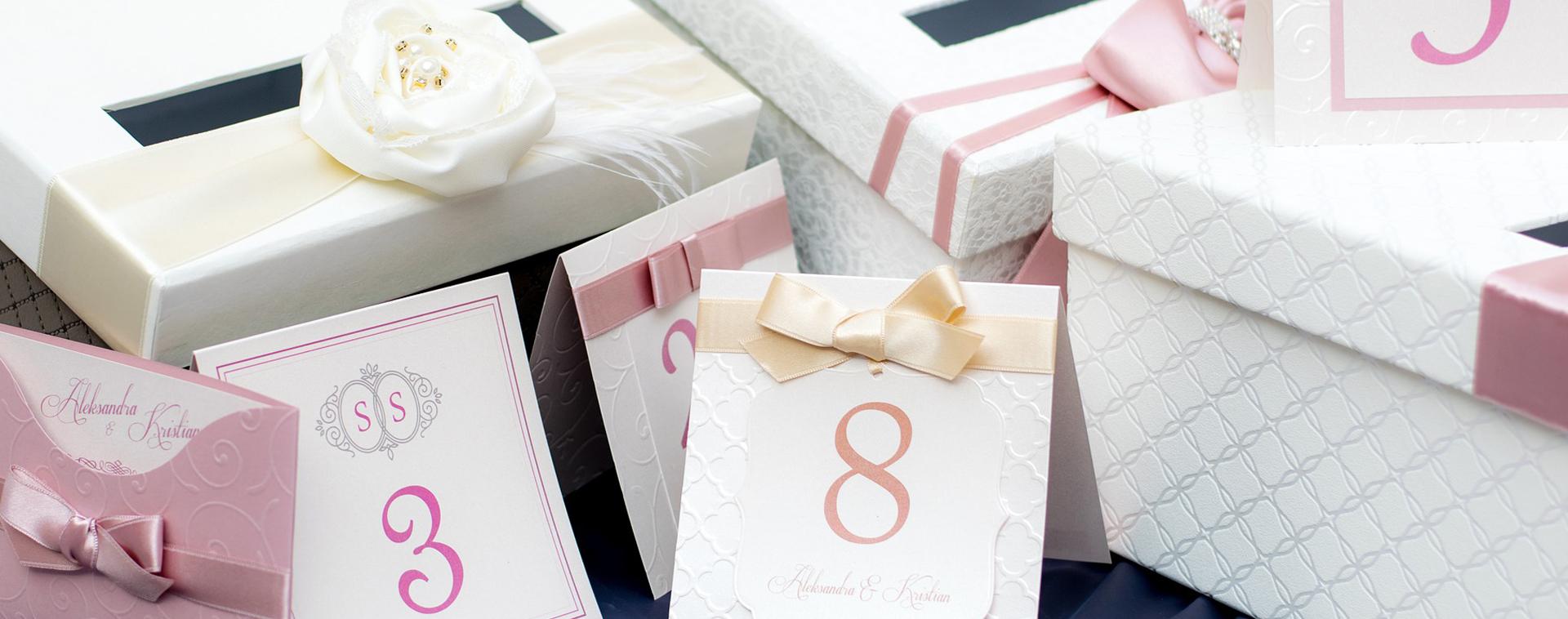 7 miniaturas de vino como recuerdos para bodas que puedes comprar en Bodegas Andrade. Regalos originales y muy economicos.