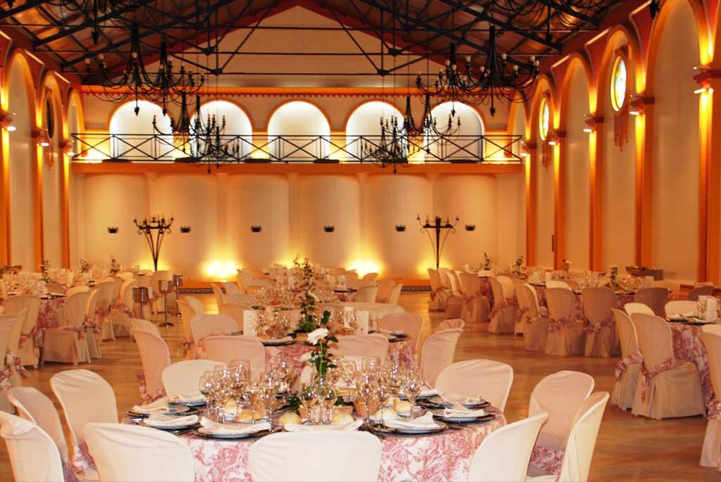 Amplios salones para eventos en Bodegas Andrade, Huelva
