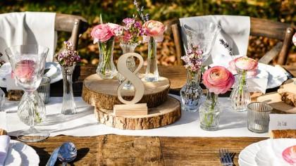 Como organizar las mesas de invitados en una boda