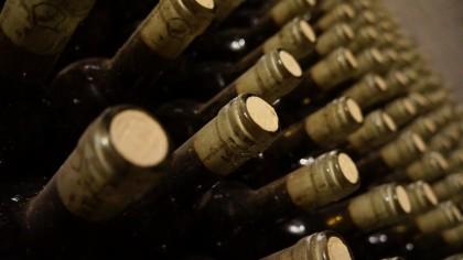 Personalizar botellitas de vino para bodas, te contamos como y qué pudes hacer para conseguir un regalo 100% personalizado