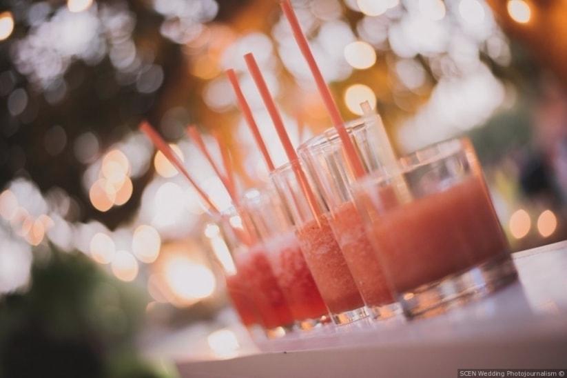 Bebidas para eventos en rosa coral