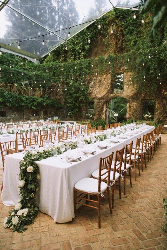 Eventos en entornos naturales donde la vegetación es la unica decoracion