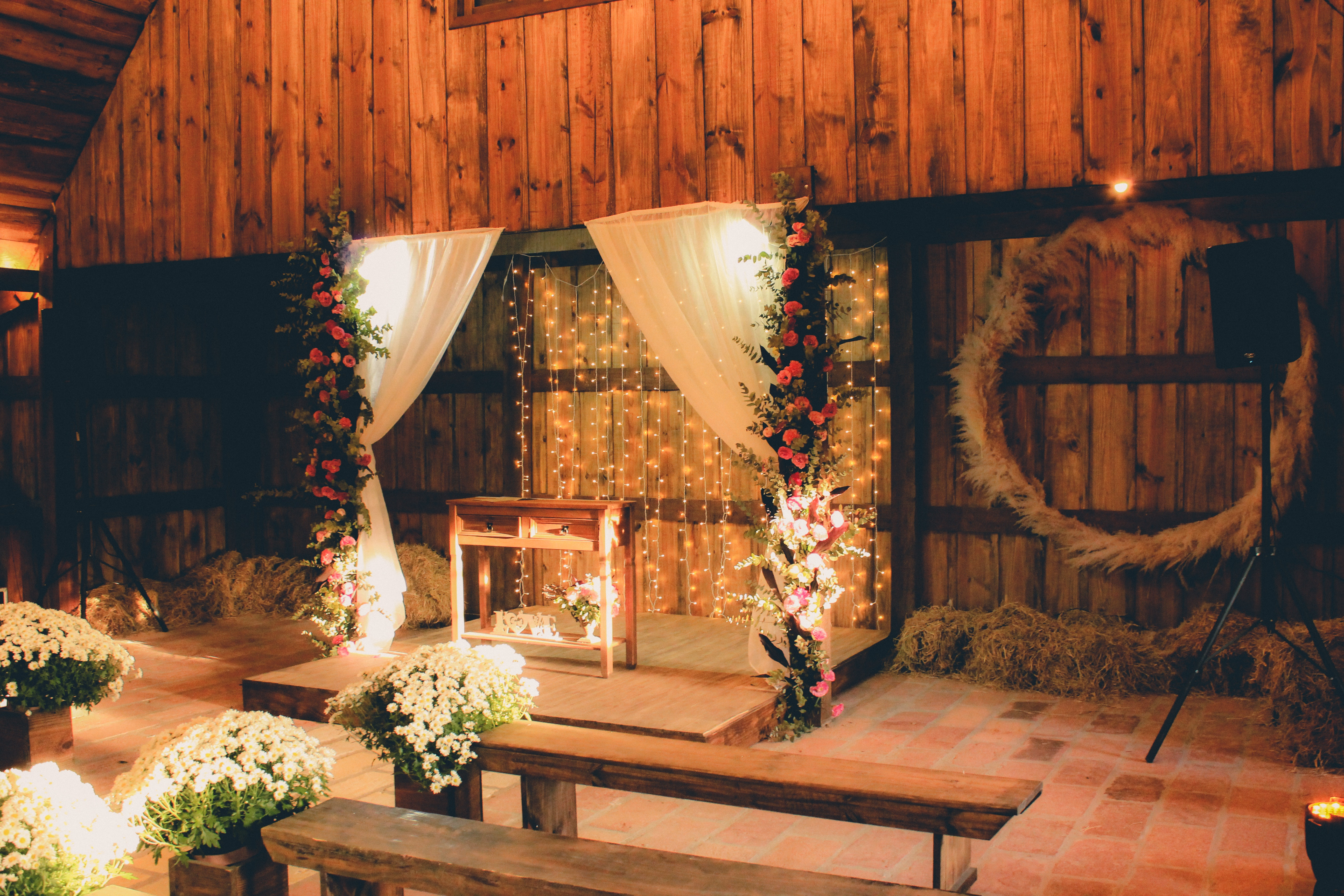 wedding-altar-set-up-2434255